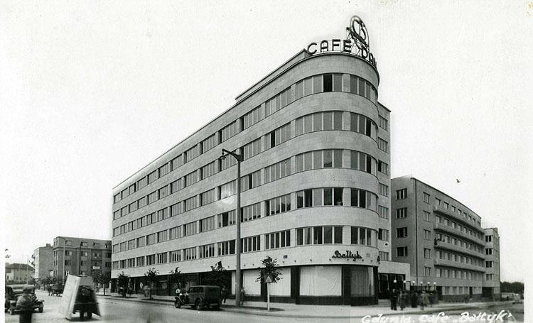 Gmach ZUS w Gdyni, proj. Roman Piotrowski office building of Social Insurance Company in Gdynia by Roman Piotrowski, 1936